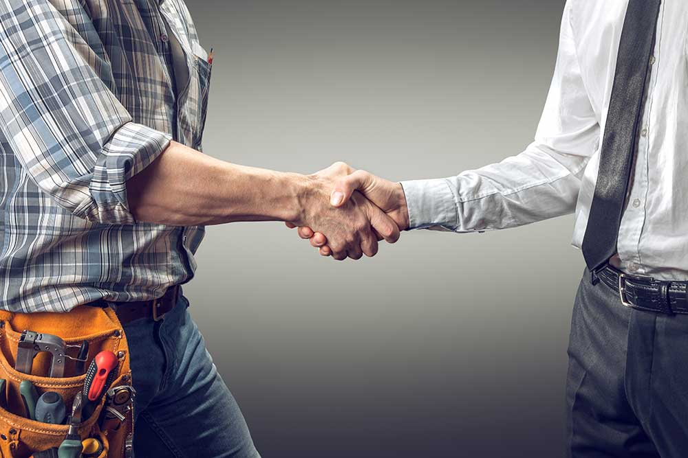 independent contractor vs full time employee